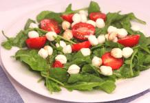 mozarella roka salatası