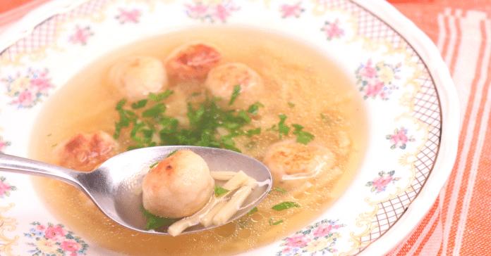 tavuk köfte çorbası