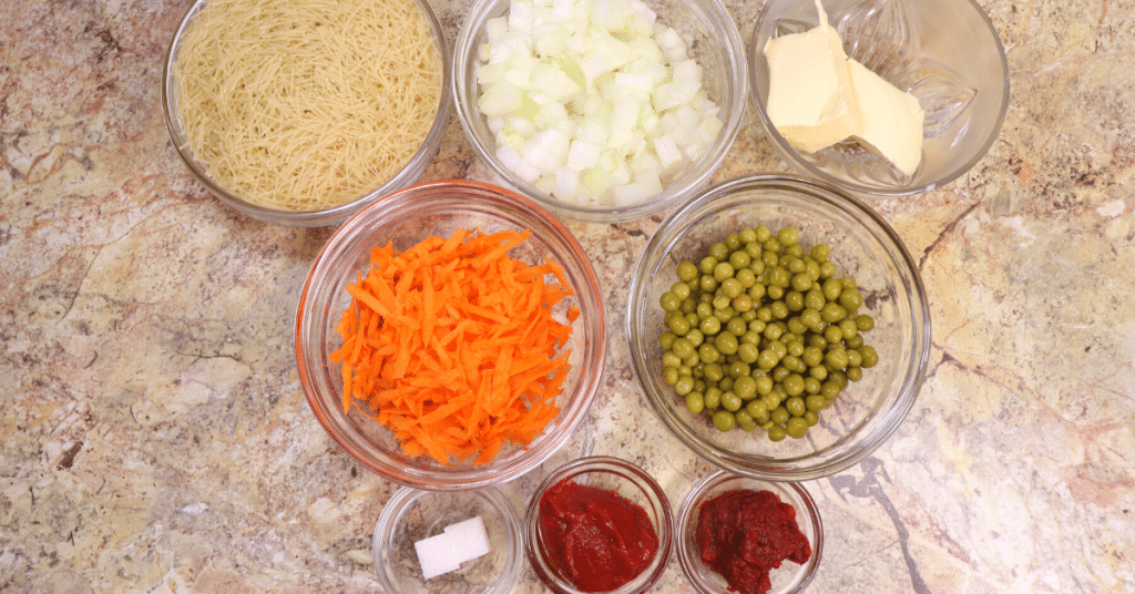 sebzeli tel şehriye pilavı malzemeleri