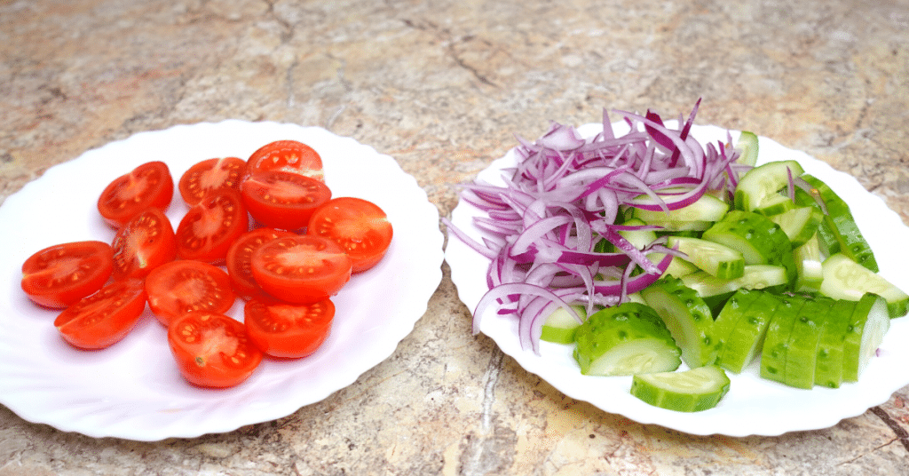 makarna salatası sebzeleri